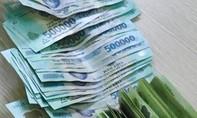 Vợ giấu tiền chồng để trả nợ cá nhân rồi báo mất trộm