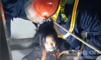 Cảnh sát CHCN TPHCM giải cứu một phụ nữ kẹt trong thang máy