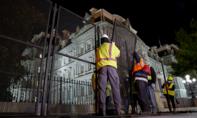 Nhà Trắng dựng rào chắn xuyên đêm đề phòng bạo loạn hậu bầu cử