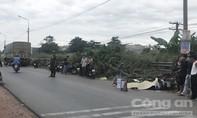 Va chạm với xe tải khiến thanh niên tử vong, tài xế rời khỏi hiện trường