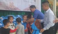 Tặng 640 áo ấm mùa đông cho học sinh khó khăn tại Thanh Hoá