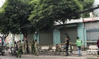 """""""Cái bang"""" ăn nhậu rồi gây án mạng trước cổng bệnh viện ở Sài Gòn"""