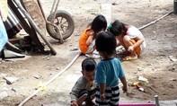 Nỗi niềm phụ huynh khi con trẻ nghỉ học để tránh dịch