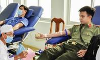 Công an TP.Cần Thơ hiến máu đảm bảo nguồn phòng dịch
