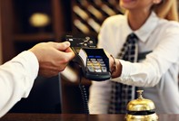 """BIDV nhận giải thưởng """"Thẻ tín dụng tốt nhất Việt Nam"""" 4 năm liên tiếp"""