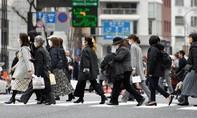 """CNN: Covid-19 đẩy nền kinh tế Nhật """"đến sát bờ vực"""""""