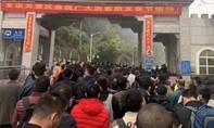 Tạm dừng cấp phép cho lao động Trung Quốc vào Việt Nam