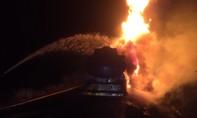 Nguyên nhân khiến xe bồn chở hơn 12.000 lít dầu bốc cháy