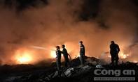 Cháy vựa ve chai lúc nửa đêm, hàng chục hộ dân mất ngủ