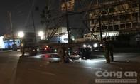 Tông đuôi xe container ở Sài Gòn, một người tử vong tại chỗ