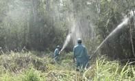Căng mình chống cháy rừng ở Khu dự trữ sinh quyển thế giới U Minh Hạ