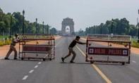Người đàn ông tử vong do đi bộ hơn 200km về quê vì lệnh phong tỏa