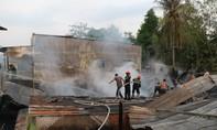 Cháy lớn thiệt hại 8 căn nhà ở An Giang