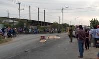Xe khách chở công nhân cán tử vong một phụ nữ
