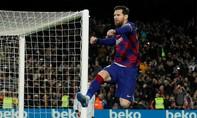 Messi đưa Barca trở lại đỉnh bảng La Liga