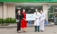 VietinBank tài trợ 5 máy trợ thở trị giá 3 tỷ đồng cho BV Bạch Mai