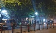 Thanh niên nghi bị giết, quấn trong bao tải để trước quán cà phê
