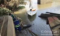 Một nam thanh niên nằm chết sát bờ sông ở Sài Gòn
