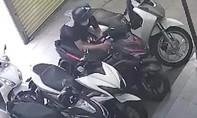 Clip cận cảnh tên trộm bẻ khóa xe trong 5 giây