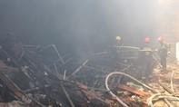 Quán bar cháy rụi, thiệt hại lớn về tài sản