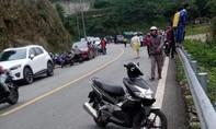 Ôtô và xe máy rơi xuống vực đường lên Tam Đảo, 4 người tử vong
