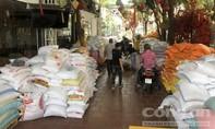 """Người Sài Gòn tấp nập chung tay để """"ATM gạo"""" không ngừng tuôn chảy"""