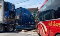 Tai nạn khiến 1 người chết trên QL1A: Nhà thầu tự ý phân làn?