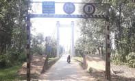 Thừa Thiên – Huế: Cầu treo xuống cấp, dân thấp thỏm khi đi qua