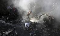 Hình ảnh toàn cảnh hiện trường tai nạn máy bay thảm khốc ở Pakistan