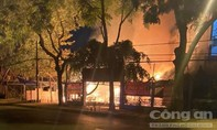 Nghi án quán cà phê ở Sài Gòn bị kẻ lạ phóng hỏa