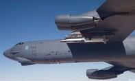 'Pháo đài bay' B-52 đánh rơi... tên lửa siêu vượt âm