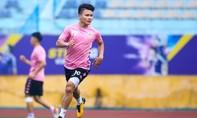 Cầu thủ Quang Hải bị hack Facebook, lộ nhiều tin nhắn riêng tư