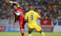 Clip trận Hải Phòng hạ chủ nhà Nam Định 2-0