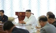 Triều Tiên bất ngờ dừng các kế hoạch quân sự chống Hàn Quốc