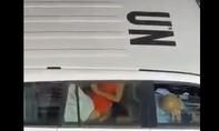 Liên Hợp Quốc điều tra clip nhân viên quan hệ tình dục trên xe công vụ