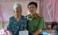 Báo Công an TPHCM thăm, tặng quà các Mẹ Việt Nam anh hùng