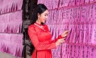 Nhan sắc khả ái của nhà thiết kế nữ làng mốt Việt