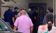 Lực lượng chấp pháp Mỹ phá khoá, vào lãnh sự quán Trung Quốc ở Houston