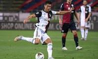 """Ronaldo """"tịt ngòi"""", Juventus thua đau"""