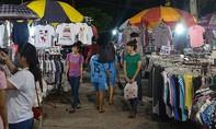 """Nhiều người bị """"bốc hơi"""" tài sản khi đi chợ đêm"""
