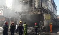 Shop thời trang 2 tầng cháy rụi, thiệt hại lớn về tài sản