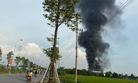 Cháy lớn tại KCN Phú Bình, khói lửa cuồn cuộn