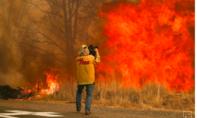 Lính cứu hoả, binh sĩ đến California ứng phó cháy rừng diện rộng