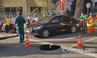 """""""Hố tử thần"""" xuất hiện ngay giao lộ ở trung tâm Sài Gòn"""