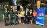 Nam A Bank trao tặng hàng ngàn vật phẩm y tế cho BĐBP