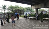 Người đàn ông miệng dính máu, nằm chết dưới gầm cầu ở Sài Gòn