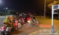 """Đang mùa cách ly, hàng chục quái xế ở Đà Nẵng vẫn tụ tập đi """"bão"""""""