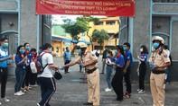 CSGT Công an TPHCM đồng hành cùng sĩ tử trong kỳ thi tốt nghiệp THPT