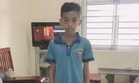 Công an tìm người thân bé trai quê Nam Định lạc lên Hà Nội