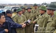 Phó Thủ tướng Trịnh Đình Dũng vào miền Trung kiểm tra phòng chống bão
